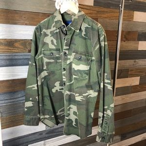 Old Navy Camo Heavy Weight Button Down Shirt
